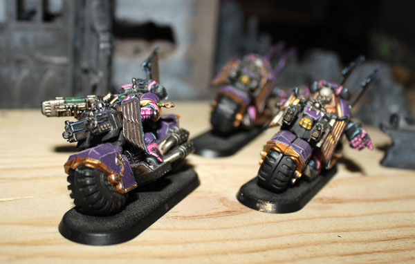 Slaanesh Bikers.