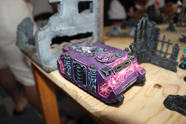 Purple/pink Slaanesh Rhino.