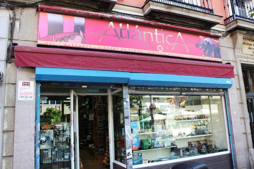 Atlantica Juegos front store.
