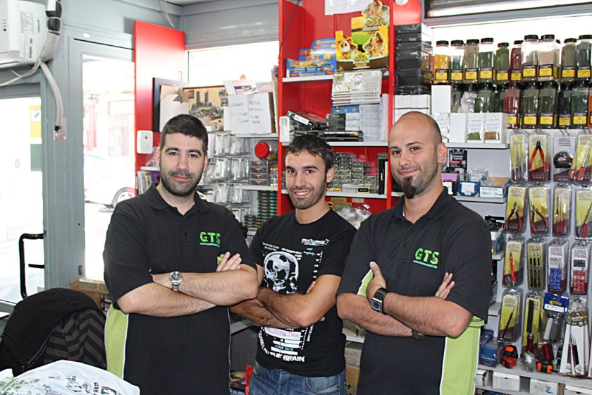 From left: owners of Goblin Trader and manager of the store - Jesus ( thanks a lot for help!)