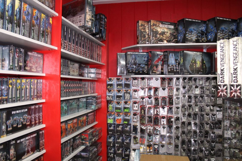 Games Workshop stuff is everywhere, so no surprise Goblin Trader has it too:)