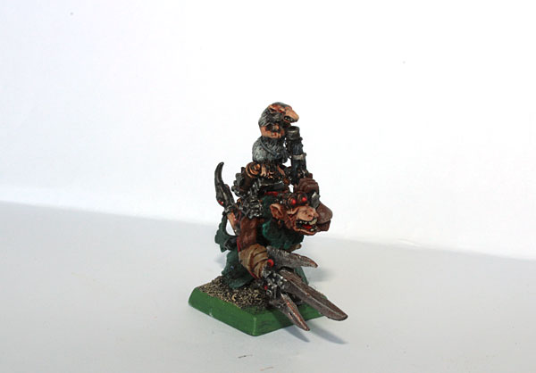 6th edition Warlock model. Tiny rat reloading the pistol is the best here:)