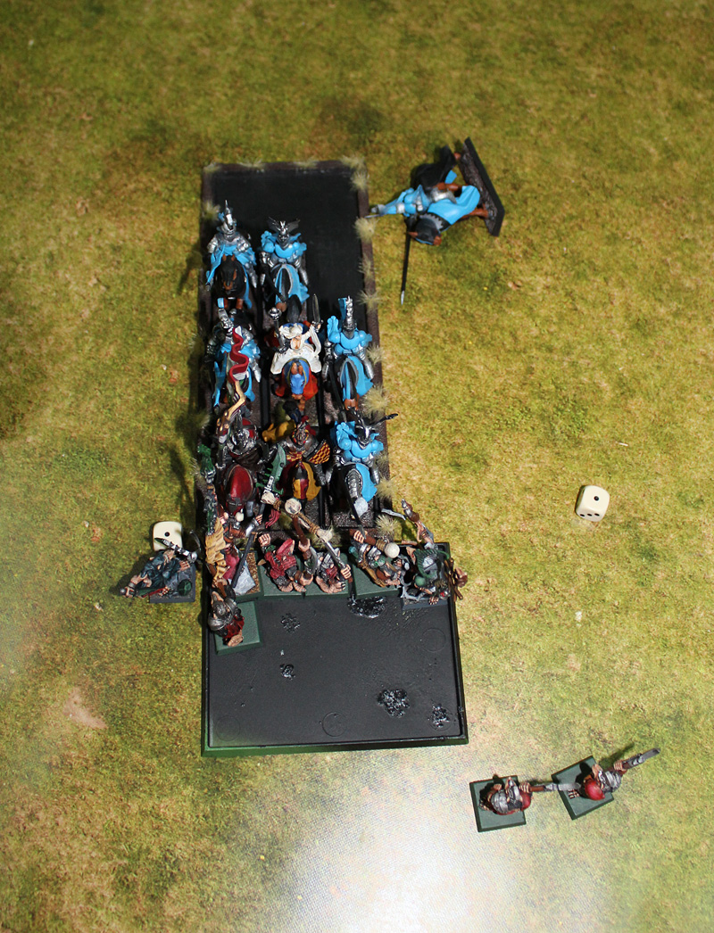 Stormvermin vs Knights of The Realm.