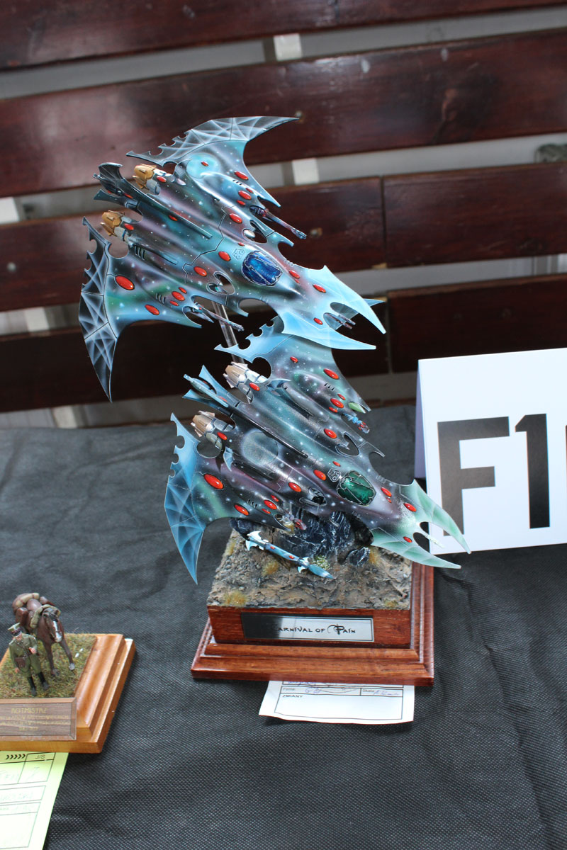 sf-vehicle-eldar-falcons