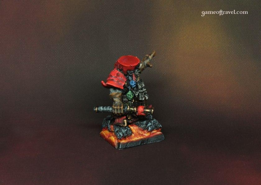 chaos-dwarf-daemonsmith-3-side