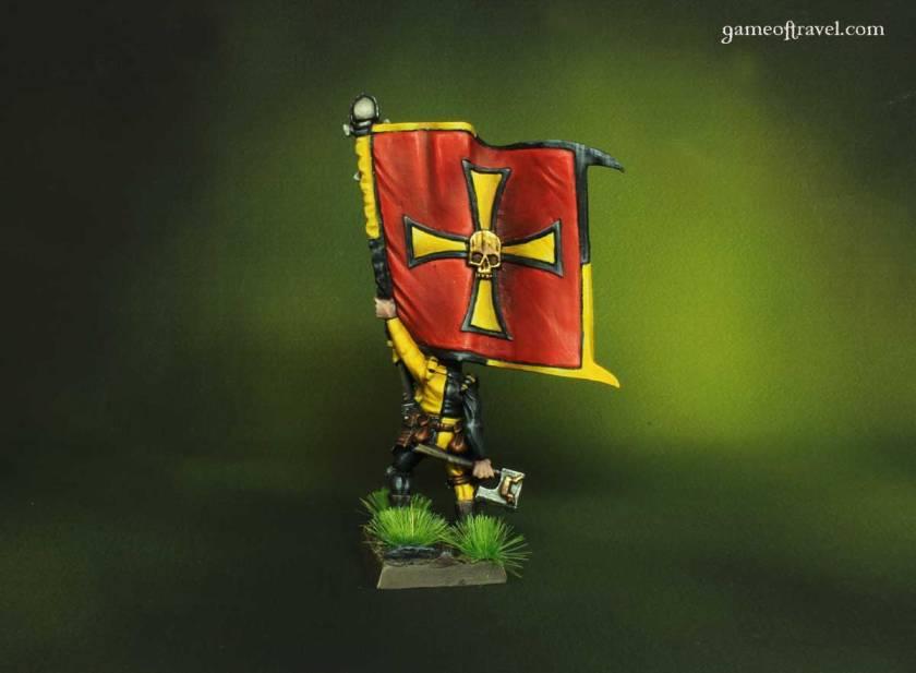 warhammer-empire-griffon-standard-back1200