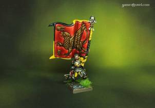 Empire Griffon Standard Bearer